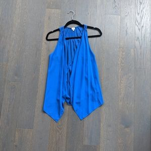 Wilfred Ninon Sleeveless Blouse in Bright Blue
